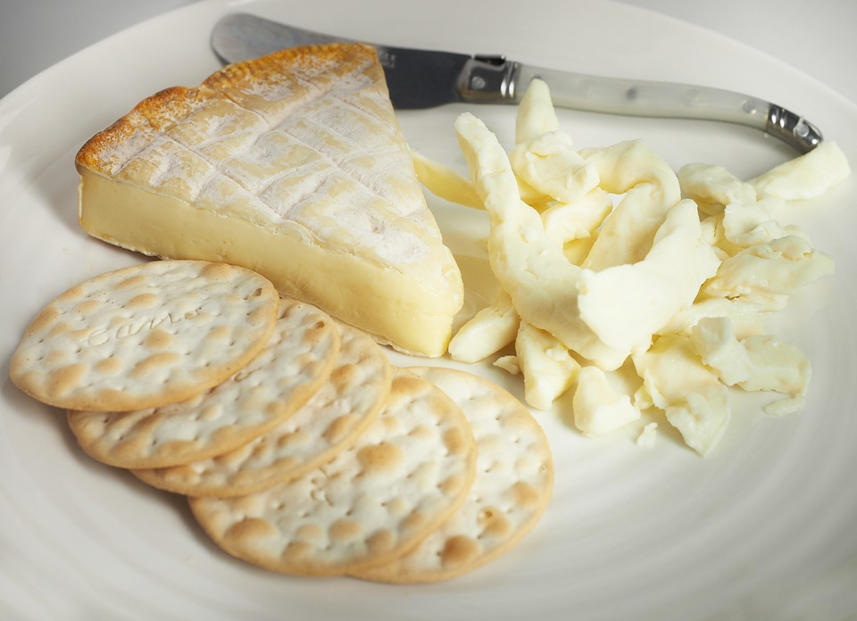 cheese-1081082_960_720